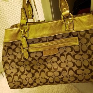 COACH BAG, GOLD LEATHER